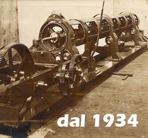 antico macchinario per la produzione di cavetti d'acciaio